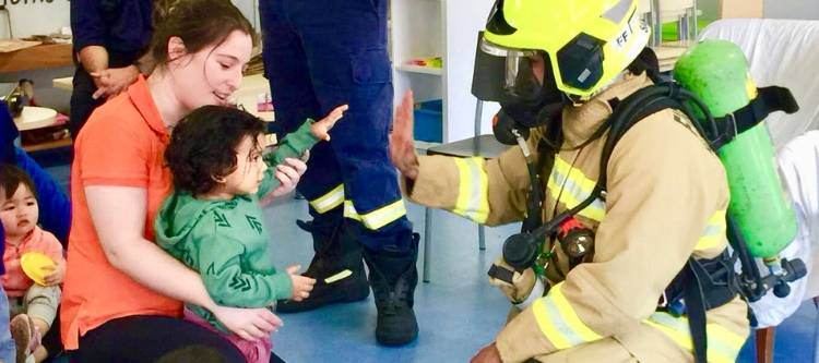 Community visit - Fire Brigade Visits Oz Education